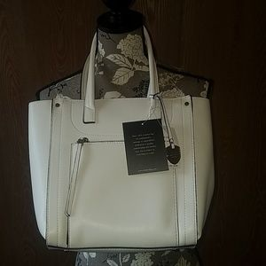 NWT London Fog white purse